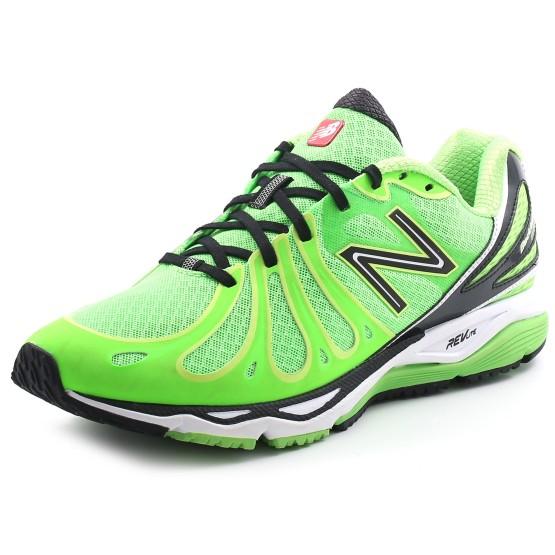 מוצרי ניו באלאנס לגברים New Balance M890 V3 - ירוק