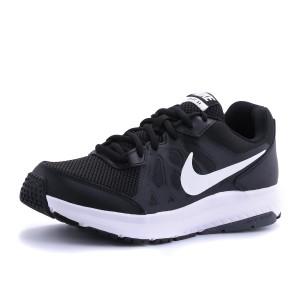 נעלי נייק לגברים Nike  Dart 11 - שחור/לבן