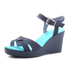 נעלי Crocs לנשים Crocs Leigh Sandal Wedge - טורקיז
