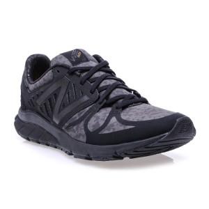 מוצרי ניו באלאנס לגברים New Balance  MLRUSH - שחור