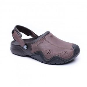 מוצרי Crocs לגברים Crocs Swiftwater Leather Clog - חום כהה